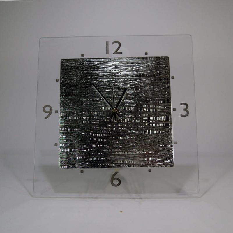 Orologi da parete e appoggio orologio argenesi stripes for Oggettistica moderna