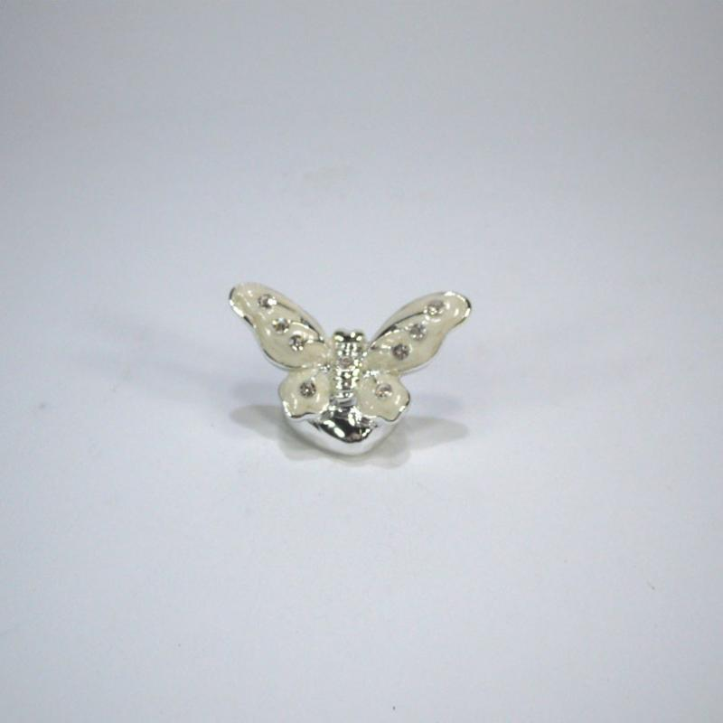 Bomboniere Farfalle Matrimonio.Confezionare Bomboniere Fai Da Te Bomboniera Farfalla Argento Con